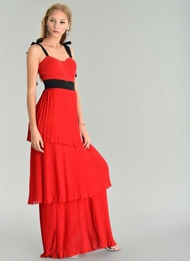 Agenda Şifon Kat Kat Piliseli Uzun Elbise Kırmızı